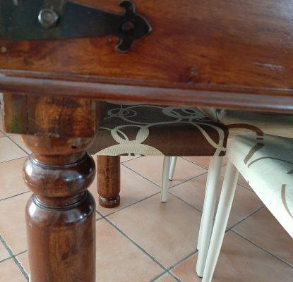 legno massello per tavolo