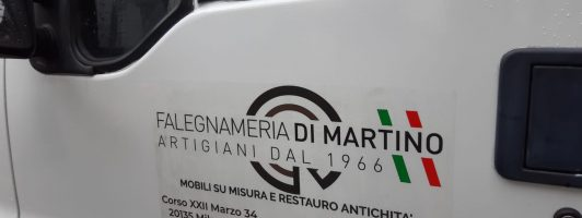 MOBILI ARREDAMENTO MILANO